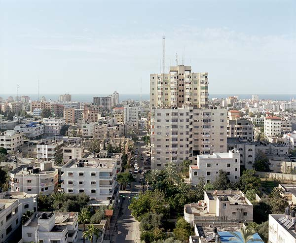 © Antonio Ottomanelli. Gaza City from Al Zafer Tower, 2012 (da Collateral Landscapes)