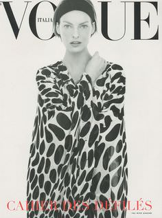Steven Meisel. Cahier des défilés, Estate 2002. Vestito YSL Rive Gauche. Modella Linda Evangelista