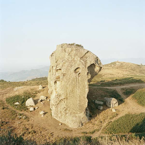 © Francesco Millefiori. 7 Megalite. Riserva naturale di Argimusco. Montalbano (ME), Agosto 2012