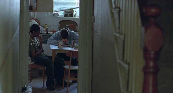 """Frame tratto dal film di Ken Loach """"Il mio amico Eric"""" (2009)"""
