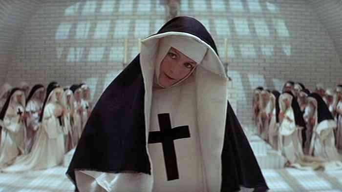 Un film raro quello del regista inglese Ken Russell: The Devils