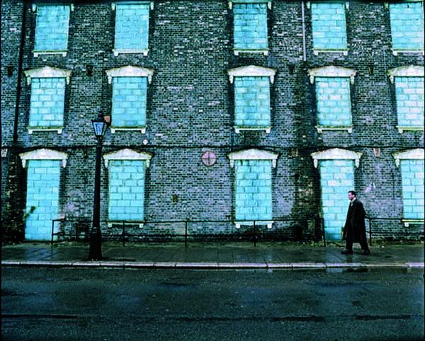 """Frame del film """"Spider"""" di David Cronenberg"""