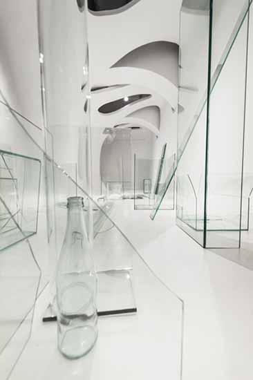 Michela de Mattei, Ingombri#IN, 2014. Installation View, Ex Elettrofonica. Courtesy Ex Elettrofonica. Photo: M3Studio