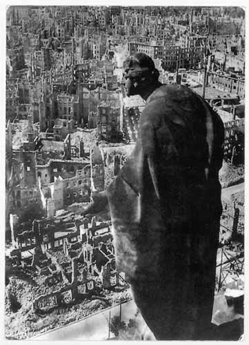 © Richard Peter