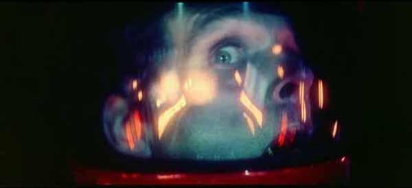 """Frame tratto dal film """"2001 Odissea nello spaizo"""" di Stanley Kubrick"""
