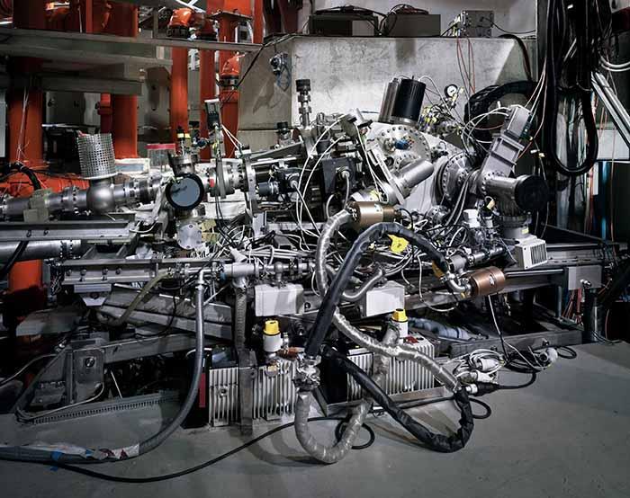 © Thomas Struth. Spettrometro a incidenza radente / Max Planck IPP, Garching, 2010