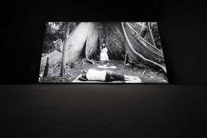 Yael Bartana. Installation view, Galleria Raffaella Cortese, Milano. Photo: Lorenzo Palmieri